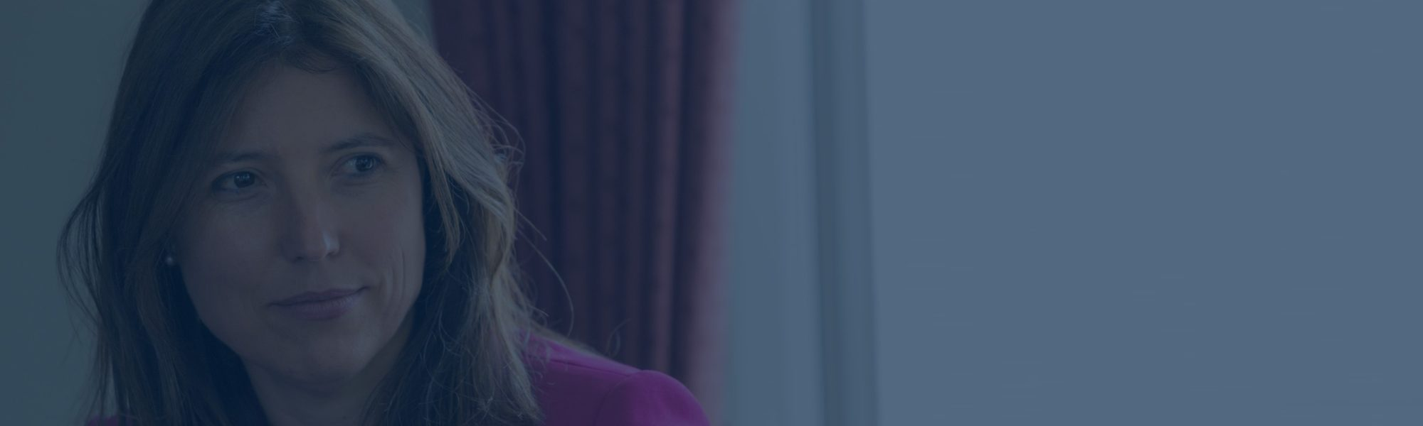 Caroline background2